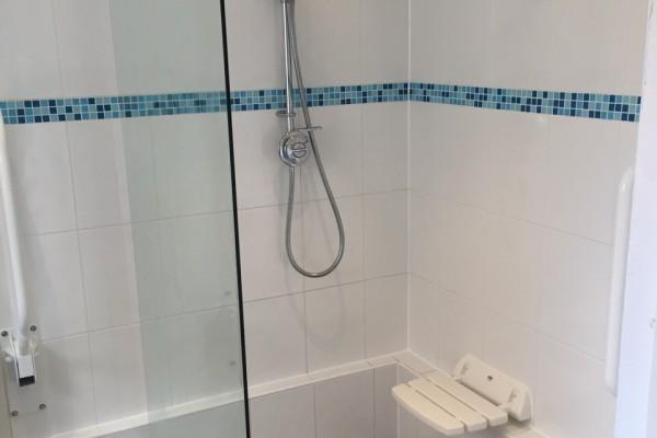 Assisted_Bathroom_2
